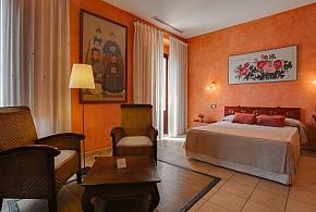 L'AGORA HOTEL